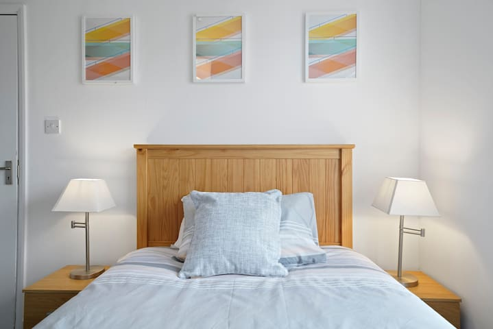 The Scarlett Apt, 2 Bed, Central Bedford