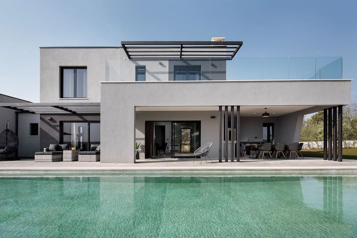 Modern Villa Infinity, in Istria, with a Pool