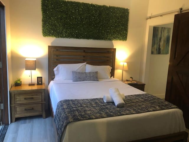 Gorgeous Guest Suite by Venice, Santa Monica & LAX