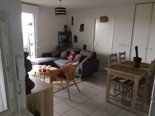 Appartement entier T2 Cenon - 15min Bordeaux