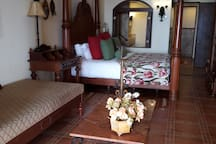 Lovely 1 BED Hacienda Encantada
