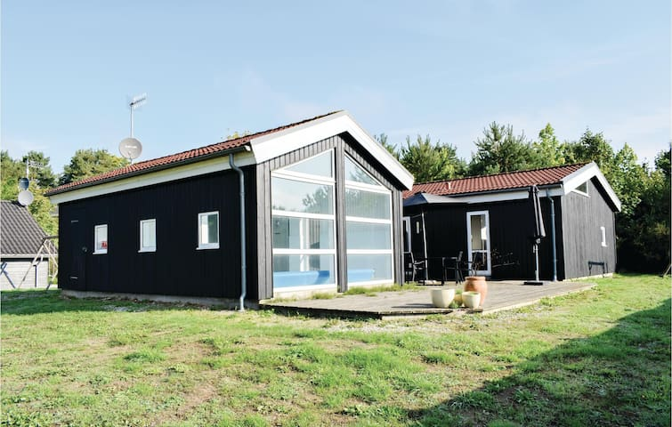 Holiday cottage with 3 bedrooms on 136m² in Ebeltoft
