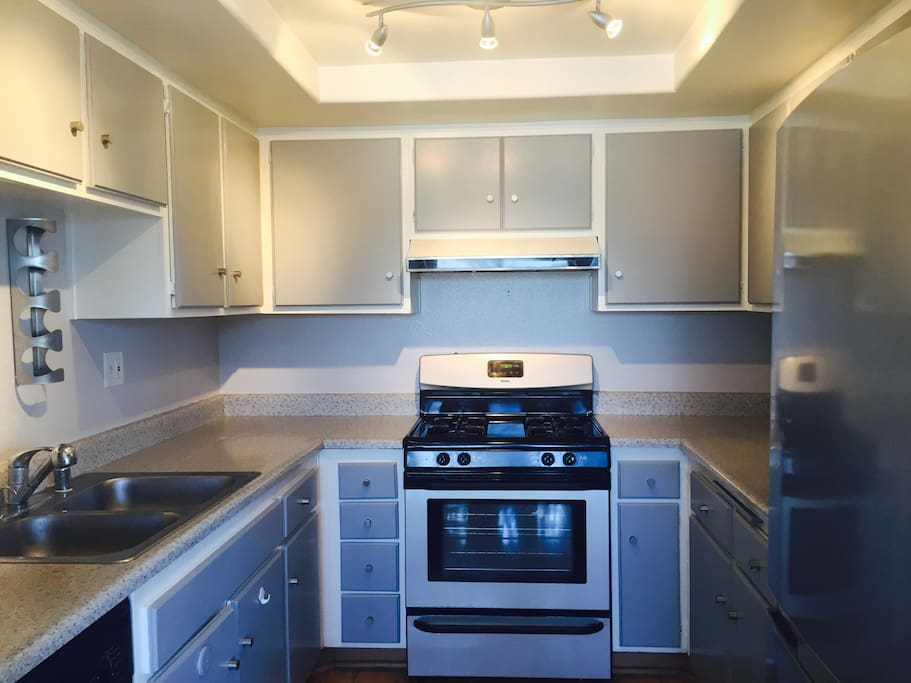Newly painted kitchen/cabinets. New stainless steel appliances
