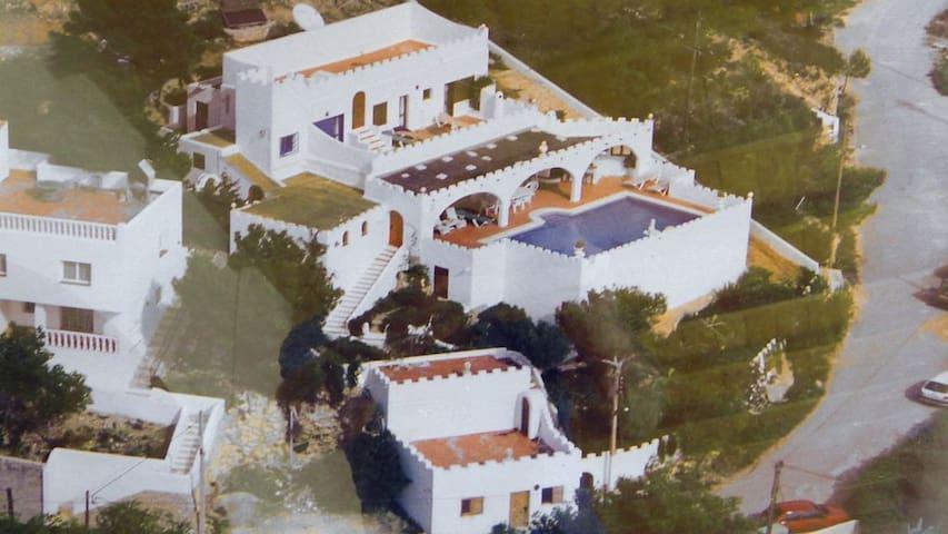 Ibiza Castle  Amazing Sea Views HUGE SPACE 1,200m2