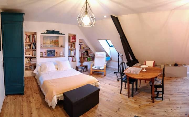 Chambre d'hôtes dans maison confortable et calme.