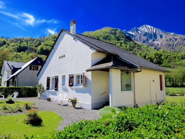 Maison aux portes du parc national des Pyrénées - Arrens-Marsous - บ้าน