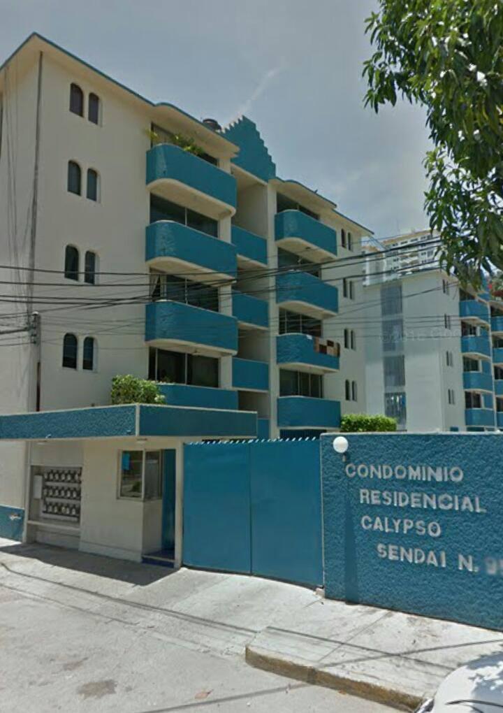 Habitación en Av. Costera cerca de Playa Caleta.