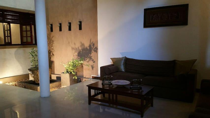 Modern luxury house in Mattegoda - mattegoda - Dom