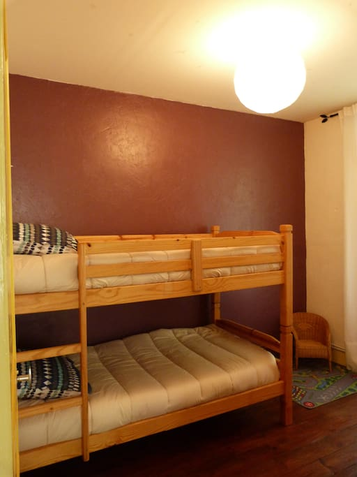 bedroom 2 with bunkbeds