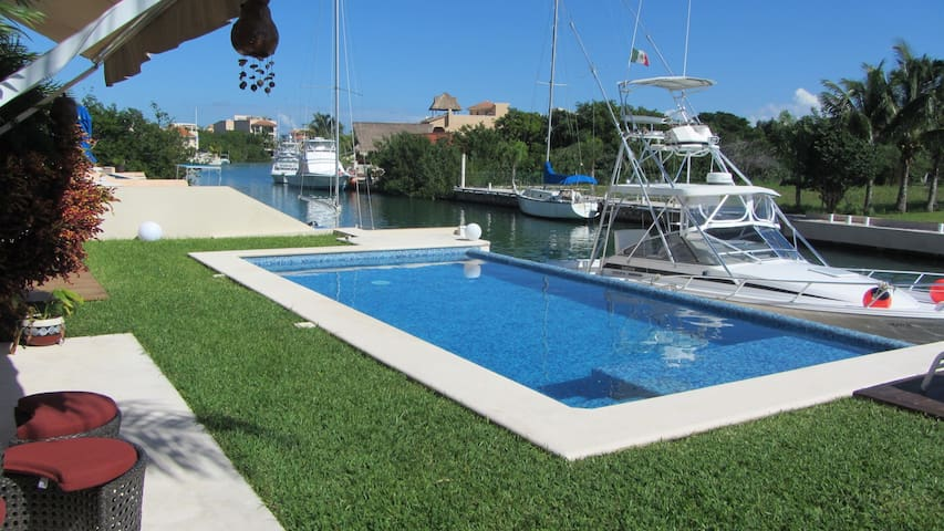 Cozy One Bedroom Condo in Marina - Puerto Aventuras - Huoneisto