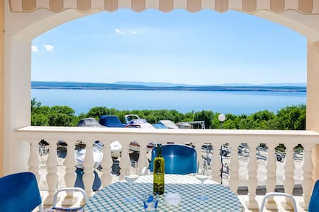 Apartment with sea view, Wi-Fi, Sat-Tv, barbecue