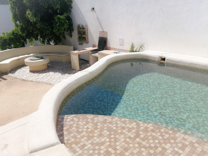 Casa grande & alberca. House for 8 w/ private pool