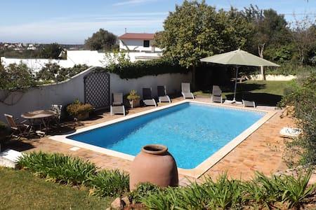 Magnífica Moradia com piscina