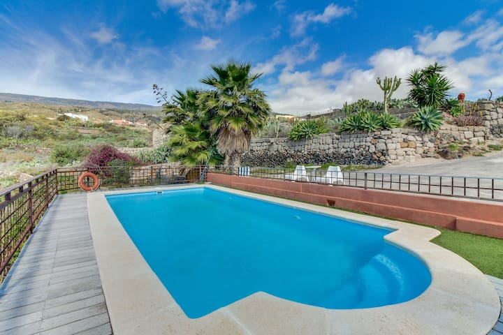 Secluded, dog-friendly villa with private pool, ocean & mountain views, patio