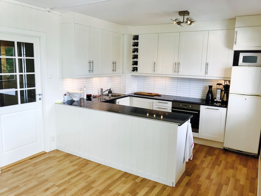 Induction cooktop, oven and dishwasher
