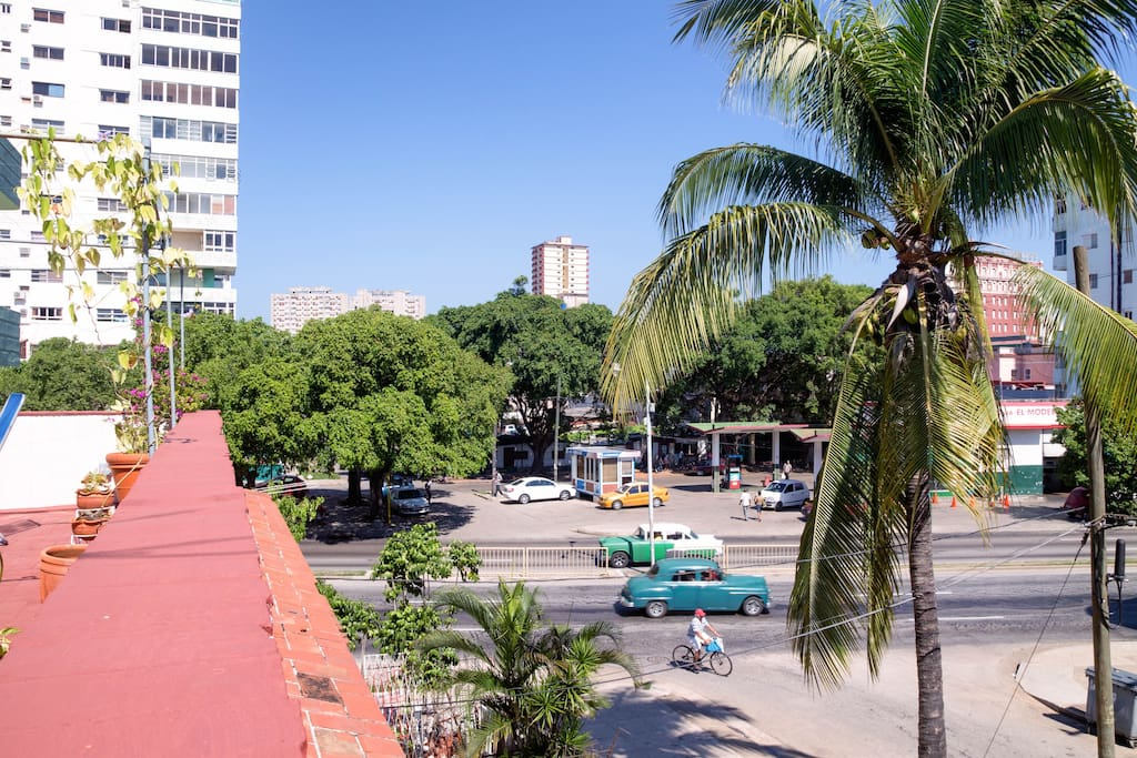 Linea Avenue is just around the corner. Take famous Cuban taxis (old American cars) for a quick 10 mns ride to Old Havana