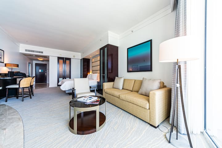 Sorento Jr Suite in The Fontainebleau Miami Beach