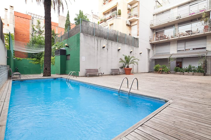 Duplex near the Center in Putxet with Pool