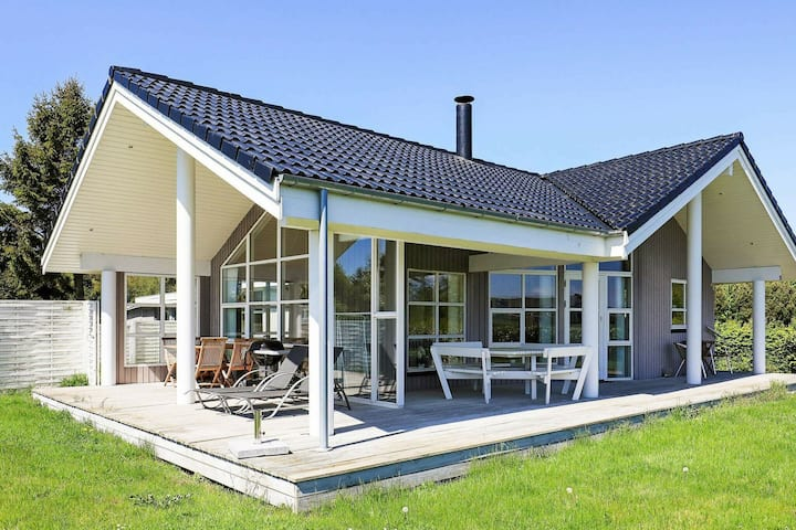 Peaceful Holiday Home in Stubbekøbing With Small Sea View