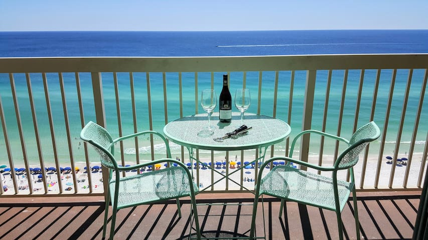 Newly Remodeled Beach Condo with Amazing Views
