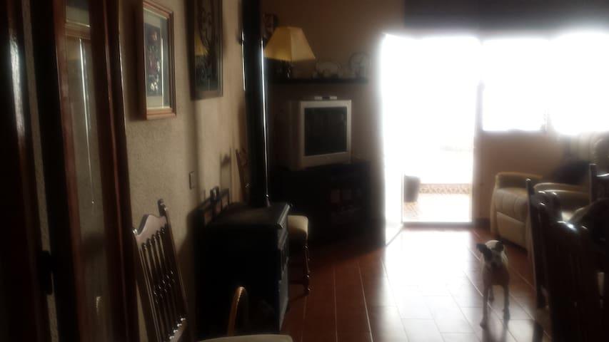 Casa para sentir que vives en un pueblo - Villanueva del Rey - Huis