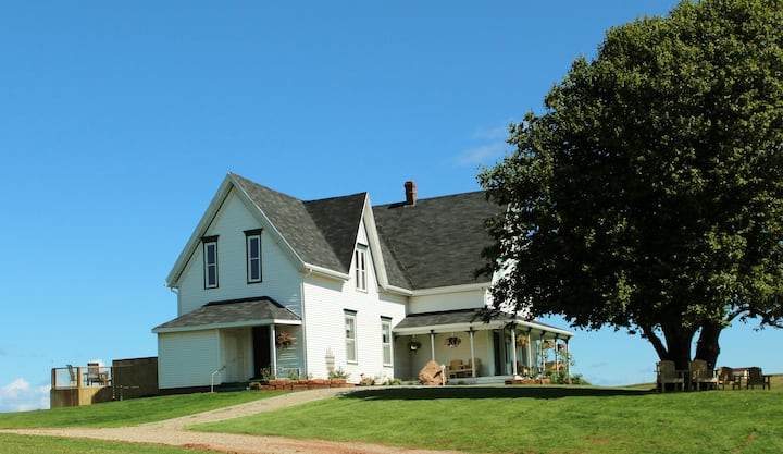Montgomery Inn at Ingleside, Park Corner, PEI