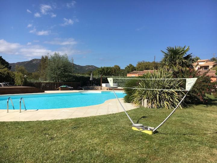 appart 2 chambres piscine chauffée plage pinarello