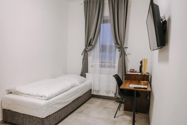 Oasis single room