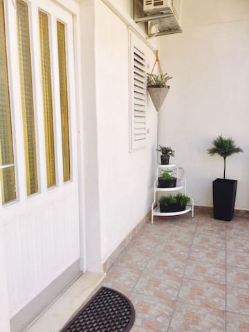 Apartment Maravic by the sea  ( 10m )