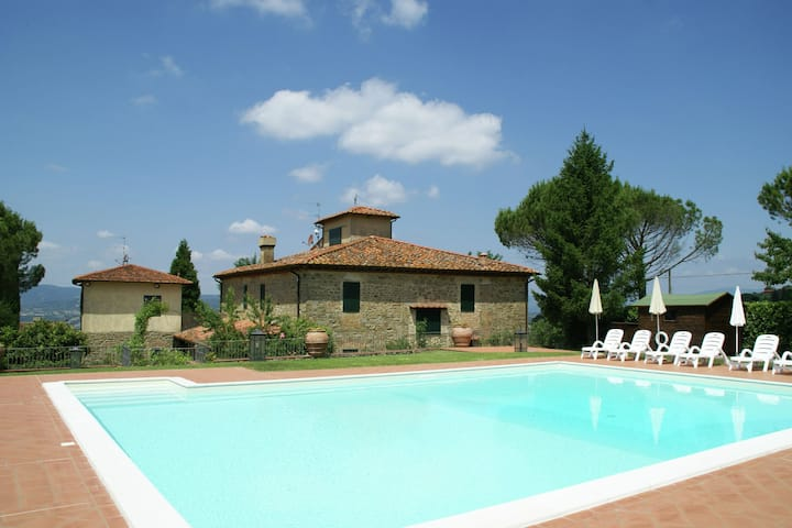 Attractive Holiday Home with Pool, Terrace, Garden, Barbecue