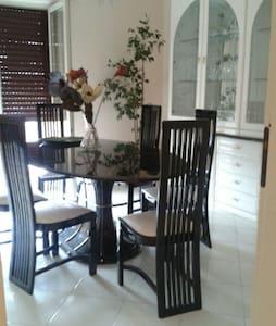 GRENIER agréable 150 m2 avec 3 terrasses. - San Valentino Torio
