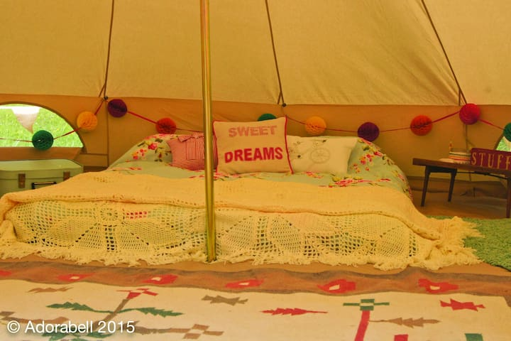 The Adorabell, quirky, individual, cosy bell tent - Badsey - Tenda de campanya