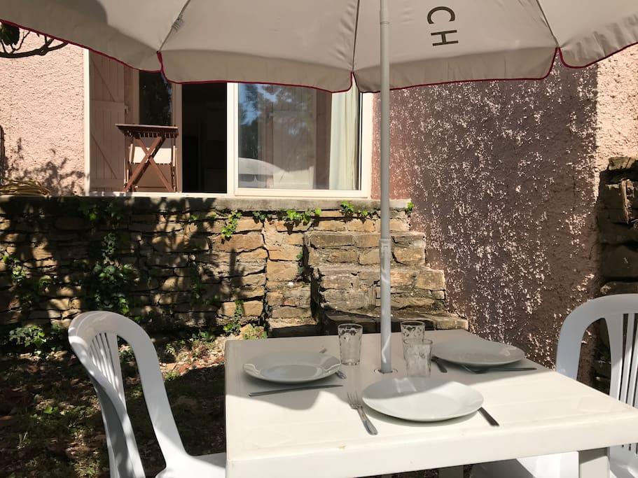 Déjeuner au soleil... on vous invite?