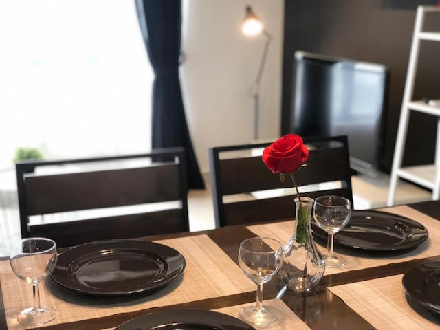 ❤walking distance to legoland, 4pax, Mattblack