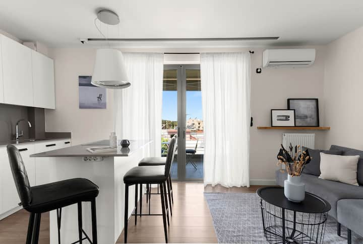 Posh 1BR Apartment in Chalandri