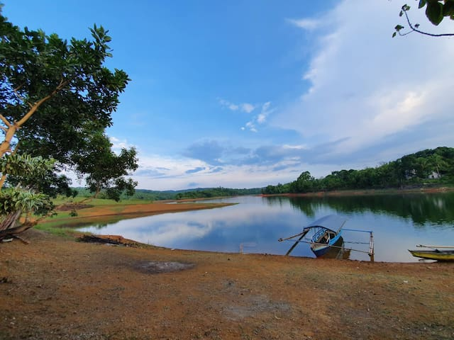 Island for Rent at Lake Lumot Caliraya in Laguna!