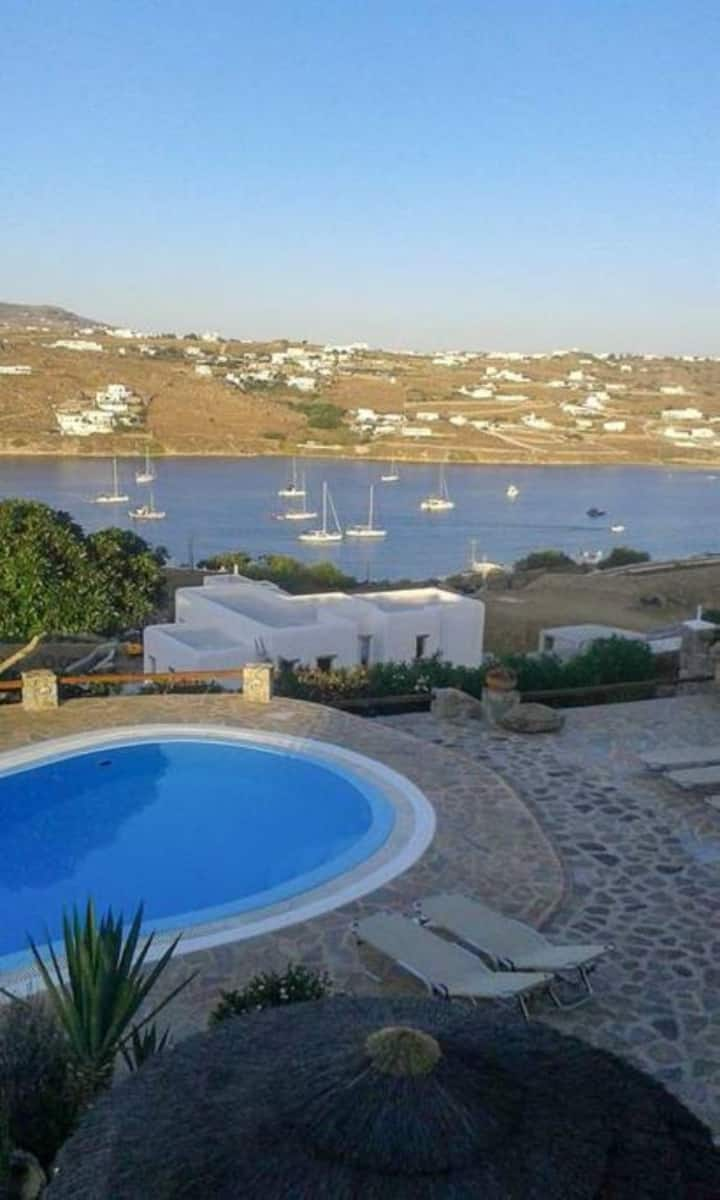 Villa Cycladic White with pool!