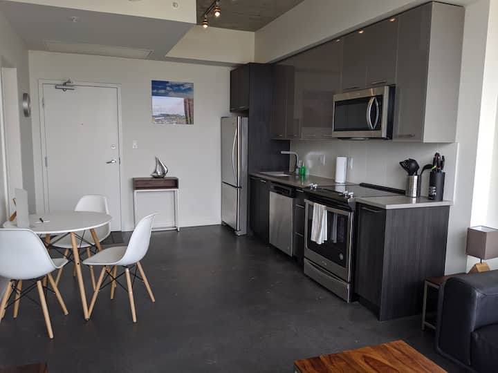 Corporate Stays | INK | Beautiful & modern 1 BR