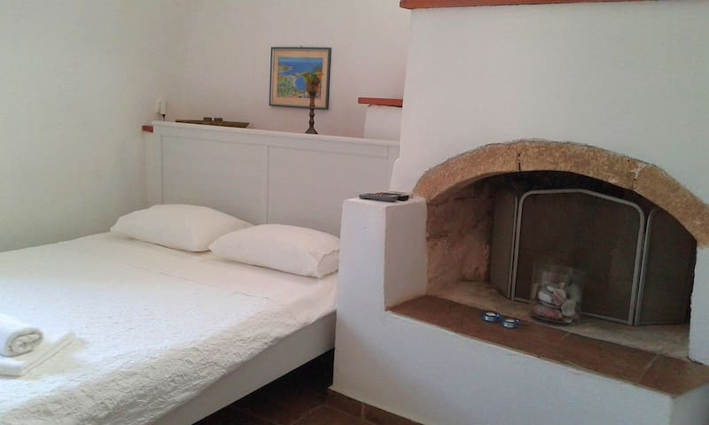 Another view of the bedroom with double bed.