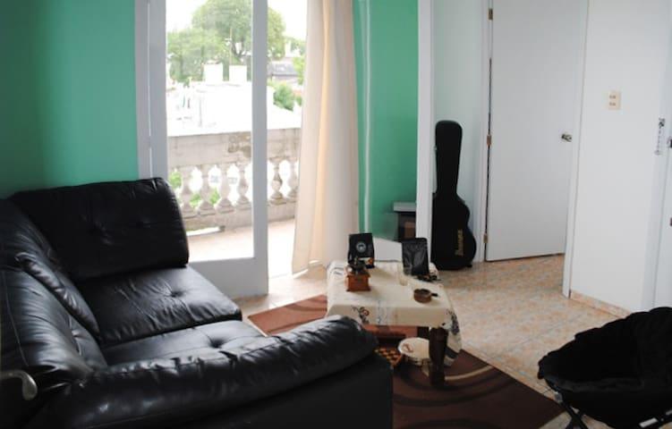 Habitación a bajo precio, muy lindo apartamento