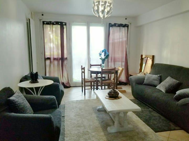 M2/ Chambre privée agréable / Paris