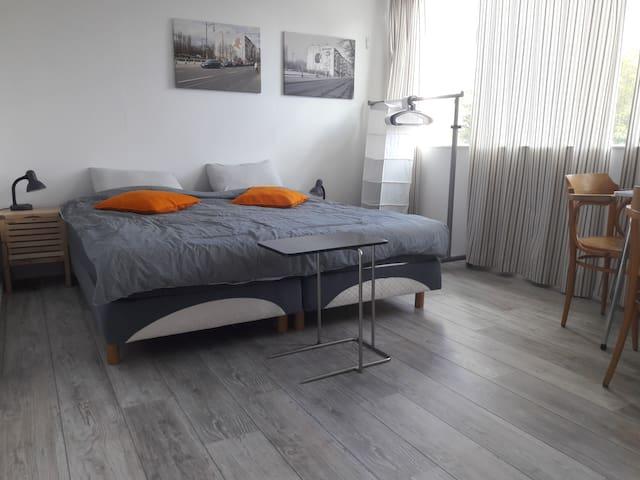 Geräumiges Haus (herum Utrecht) - Schnelles WIFI