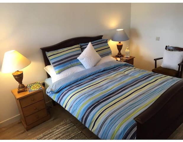 Double Room (4) Station House Accommodation - Miltown Malbay - Andre