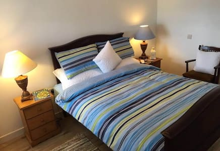 Double Room (4) Station House Accommodation - Miltown Malbay