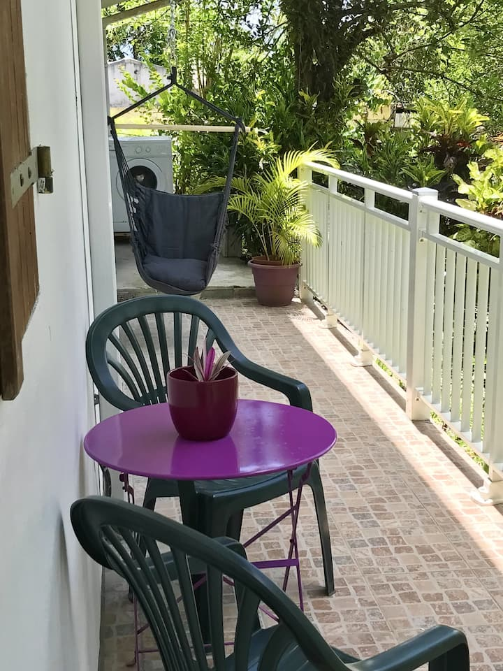 House with one bedroom in Le Robert, with wonderful mountain view, furnished garden and WiFi - 3 km from the beach
