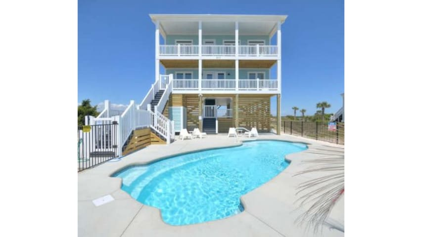 Sunset Pointe-6 BR/3.5 BA Oceanfront w/ POOL