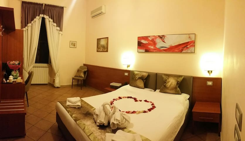 Welcome to PRINCIPE GUESTHOUSE dbl/tpl rooms