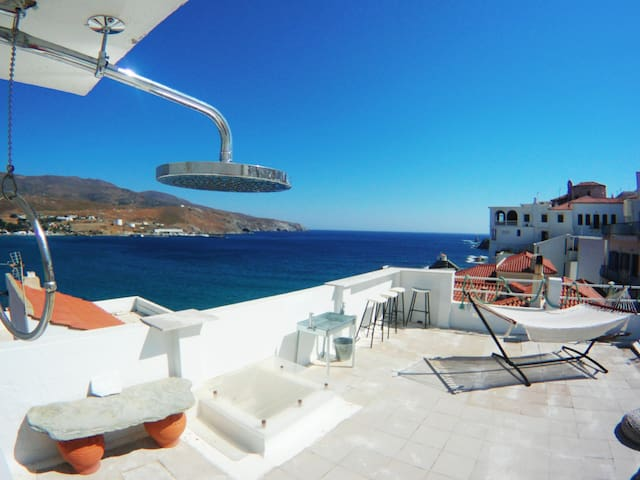 Town Center #2 Apt-Andros, Chora
