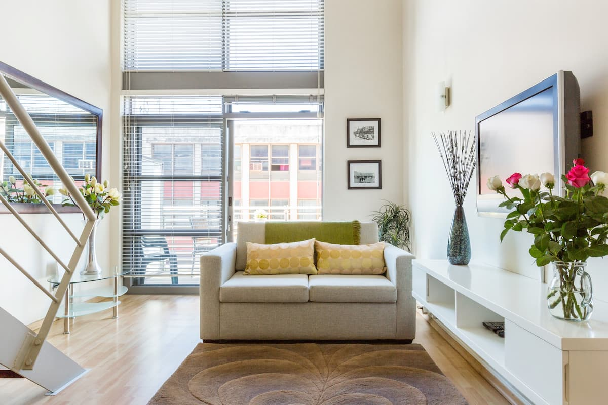 Recharge and Relax in Gorgeous Loft Historical De Waterkant