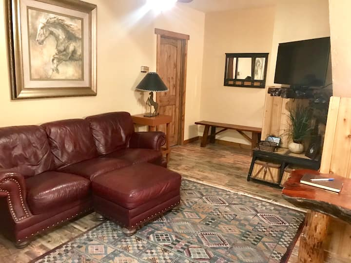 Yellowstone at its Best 2 room apartment